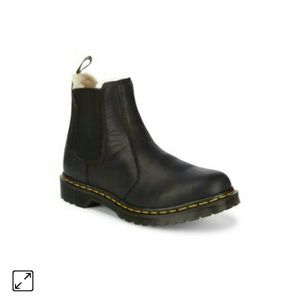 Dr martens leonore fur lined chelsea uk6/us8 black